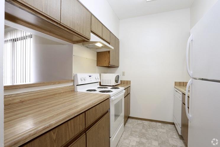 end unit - kitchen